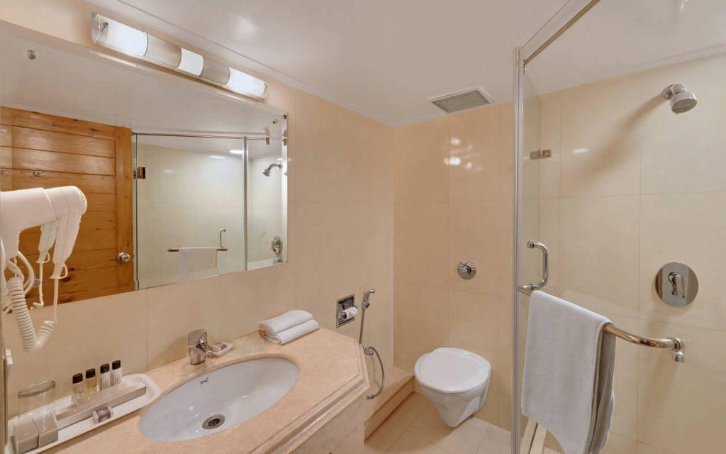 Combermere Luxury Room - Bathroom