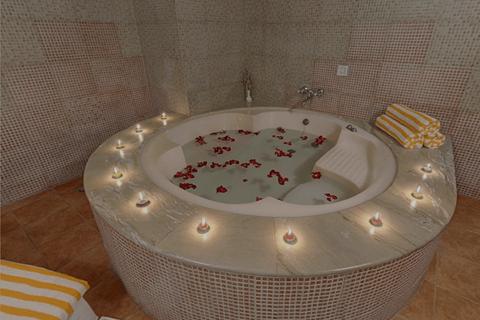 jaccuzi-bath