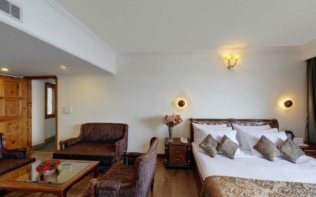 Pent House Deluxe - Master Bedroom